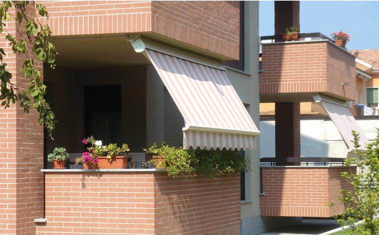 Store banne pour balcon lequel choisir comparatif de store - Pose store banne ...