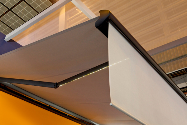 store banne coffre fetuna inspiration de franciaflex. Black Bedroom Furniture Sets. Home Design Ideas
