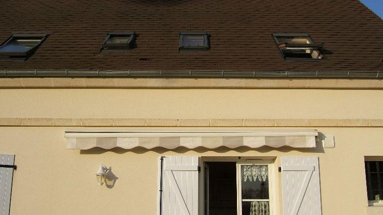store de terrasse sunstyl leroy merlin cass par le vent que faire. Black Bedroom Furniture Sets. Home Design Ideas