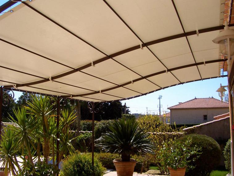 Toile tanche pour pergola pr contraint 502 pvc w96 sunworker cristal for Comment couvrir une pergola