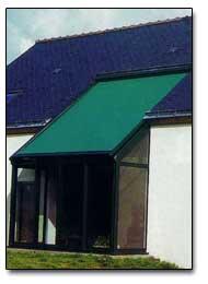 Store v randa stores exterieur pour toit de veranda for Store exterieur pour veranda